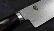 KAI Shun Premier Tim Mälzer Minamo Santoku szakácskés 18 cm-es damaszk