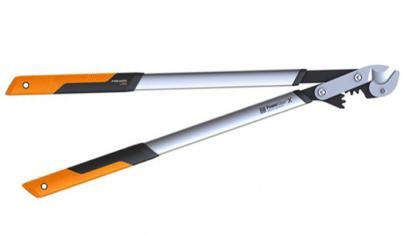 Fiskars PowerGearX fém fogaskerekes ágvágó (L), rávágó